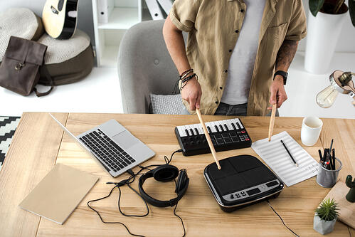 music and coding Depositphotos_166327250_s-2019