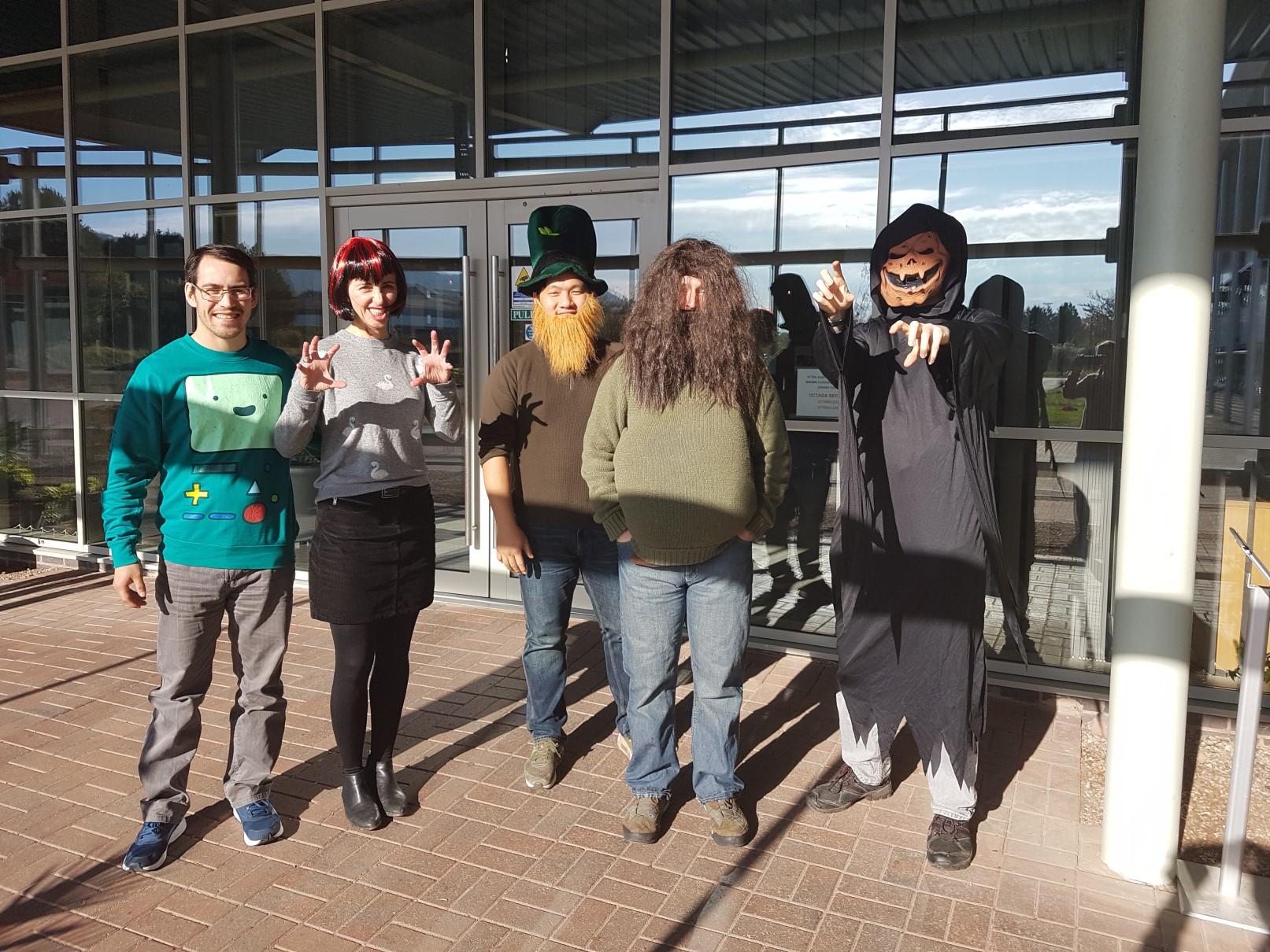 Halloween Payara team dress-up in front of Payara HQ